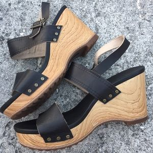 Timberland black wedge wood heels 8